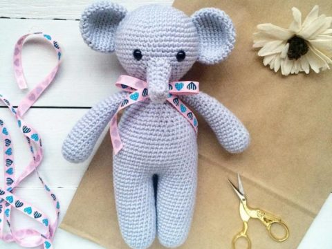 Crochet elefant amigurumi