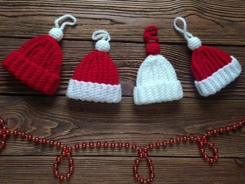 Christmas ornament crochet hat