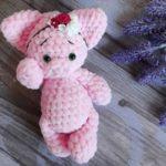 Crochet pig amigurumi