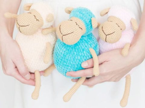 Crochet sheep amigurumi