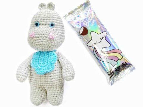 Crochet hippo amigurumi