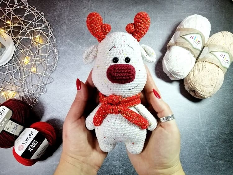 Christmas reindeer crochet pattern