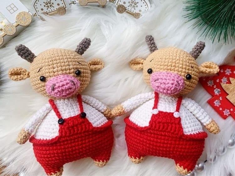 Crochet funny bull