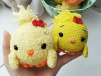 Crochet easter chick