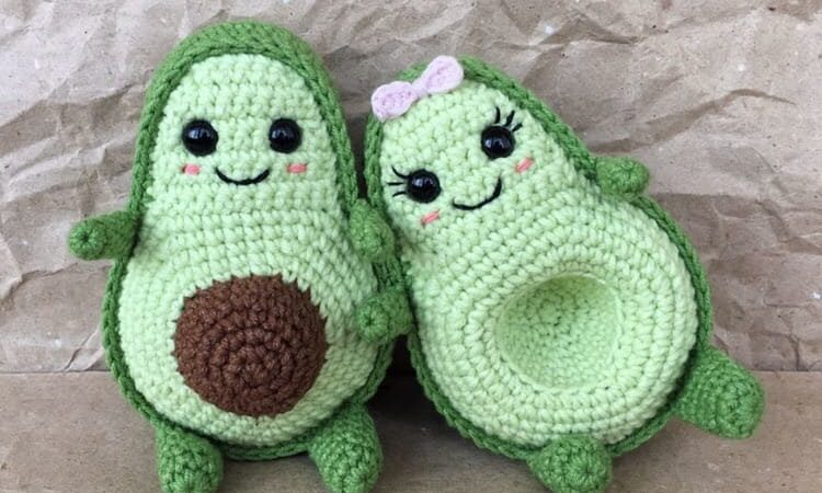 Amigurumi avocado free crochet pattern