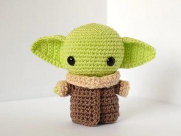 Crochet baby Yoda